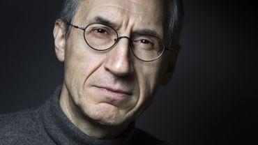 Deux ans après l'attaque de Charlie Hebdo, son rédacteur en chef parle satire et liberté d'expression sur Matin Première.