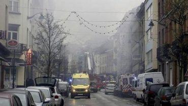 Explosion d'une maison à St-Gilles - Le corps d'un homme retrouvé dans les décombres