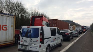 Le ministre Lacroix rencontre les camioneurs