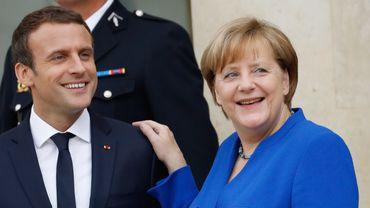 Angela Merkel a toutefois assuré que la discussion autour de ces questions ne pourrait se faire qu'après les législatives allemandes de septembre.