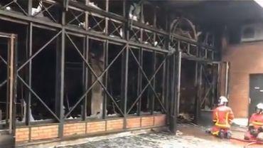 France : le marché de Levallois-Perret détruit par un incendie