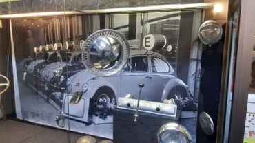 L'exposition revisite l'histoire et la légende de la VW Coccinelle vendues à des dizaines de millions d'exemplaires dès 1946.