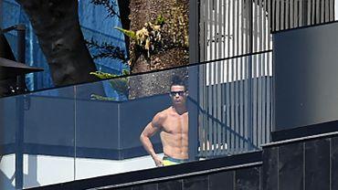 """Cristiano Ronaldo a lancé son challenge """"plaquettes de chocolat"""""""