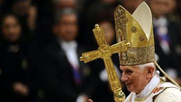 """Le pape Benoît XVI appelle à un """"vrai renouveau"""" de l'Eglise"""