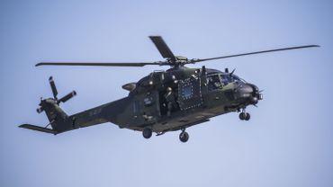 Un hélicoptère militaire multi-rôles Airbus NH90.
