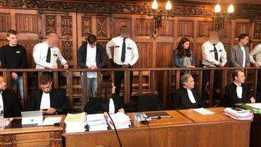 Procès Valentin Vermeersch : audience suspendue pour suspicion de cas de rougeoles