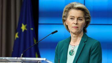 La Commission européenne a proposé mi-mars d'établir un certificat vert par lequel les Européens pourraient prouver qu'ils sont vaccinés contre le Covid