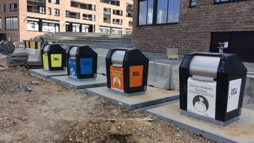 Fini de déposer les poubelles sur les trottoirs à Laeken et Anderlecht