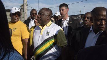 Afsud: en pleine campagne (électorale), le président est bloqué 4 heures dans un train