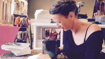 """Melissa Collignon, l'auteure de ce roman policier """"Katharsis"""""""