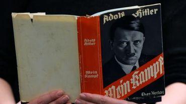 """Le livre """"Mein Kampf"""" dans une librairie le 7 décembre 2015 à Berlin"""