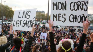 """""""Mon corps, mon droit"""": 343 femmes européennes signent un manifeste"""