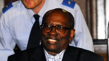Bernard Ntuyahaga photographié en 2007 lors de son procès aux Assises de Bruxelles.