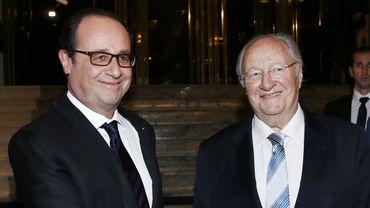 Le président français François Hollande et Roger Cukierman, président du Conseil représentatif des Institutions juives de France (CRIF).