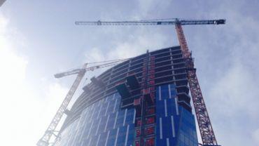 Tour des Finances à Liège: la fin du chantier reportée à décembre