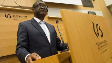 Le docteur Denis Mukwege en visite au Parlement de la Fédération Wallonie-Bruxelles, le 24 juin 2015.
