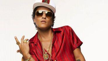 """""""24 K Magic"""" de Bruno Mars, le titre le plus diffusé dans les magasins"""