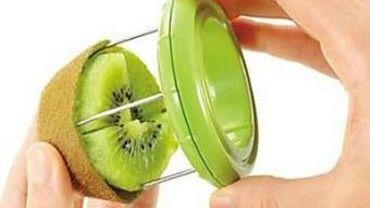 Le gadget insolite de Candice: le coupe-kiwi facile