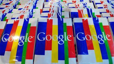 Google ne rémunérera pas les éditeurs de presse européens en France pour l'affichage d'extraits de leurs articles, photos et vidéos, mais ne les fera plus apparaître dans ses résultats sans leur accord