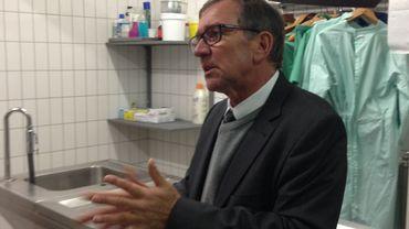 """Jean-Paul Mahieux, manager d'un funérarium à Namur : """"l'embaumement permet de présenter le corps dans les meilleures conditions à la famille."""""""