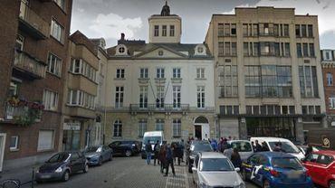 L'Institut de Mot-Couvreur près de la Place Sainte-Catherine où le premier arrêt de travail des profs du secondaire est prévu