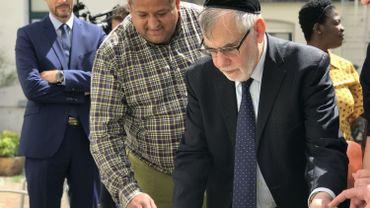 """Daniel Strens, le frère d'Alexandre, aux côtés d'Albert Guigui, le """"grand rabbin"""" de Bruxelles."""