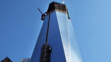 La freedom tower devient la plus haute tour de new york for Plus haute tour new york