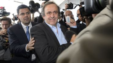 FIFA: Platini (UEFA) appelle à la démission de Sepp Blatter