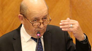"""UE: la France n'est """"pas prête à payer"""" pour une Europe des populistes"""