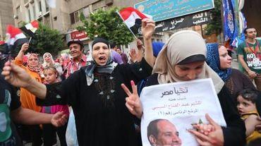 Des partisans du candidat favori à l'élection présidentielle égyptienne, Abdel Fatah al-Sissi, le 27 mai 2014 au Caire