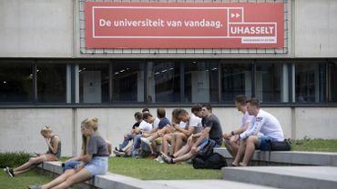 Les étudiants de l'université d'Hasselt devront apprendre les bases du français