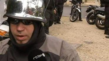 Bruxelles: 4000 motards manifestent contre le contrôle technique