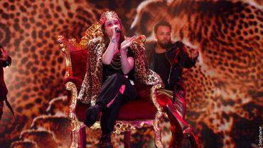 Charlotte se met au rap pour la finale de The Voice !