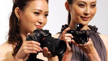 Présentation d'appareils photo numériques sony le 12 septembre 2012 à Tokyo