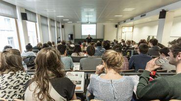 Coronavirus en Belgique: les recteurs des universités veulent un retour du présentiel le 1ermars