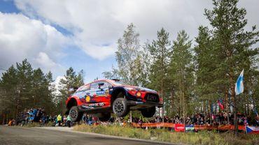 La Hyundai i20 Coupé WRC de Thierry Neuville lors du Rallye de Finlande 2019