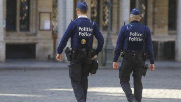 """Anderlecht: Sven Gatz favorable à une """"tolérance zéro"""" en cas de violences contre la police"""