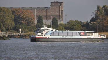Une dizaine de blessés légers dans la collision d'un waterbus à Anvers