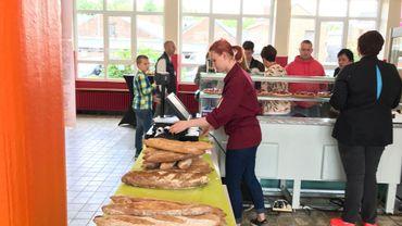 Parents, élèves, voisins, simples citoyens, fournisseurs et autres établissements scolaires ont exprimé leur solidarité, ce samedi, à l'ITN, après l'incendie qui a ravagé l'atelier de boulangerie.
