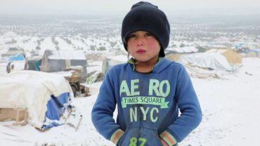 Un jeune réfugié de la ville d'Azaz. Il vit dans une tente, ses parents n'ayant pas les moyens de louer un logement.