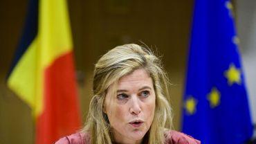 Coronavirus en Belgique: La ministre de l'Intérieur reconnaît que la communication aurait pu être meilleure
