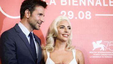 """Bradley Cooper pourrait remporter son premier Oscar en tant que réalisateur pour son film """"A Star Is Born"""", nommé dans cinq catégories."""