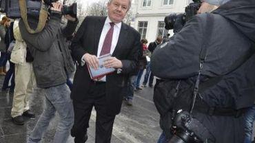Le gouvernement wallon met-il la charrue avant les boeufs en dégageant un million d'euros pour engager un consultant ?