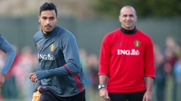 Football : Nacer Chadli et Roberto Martinez