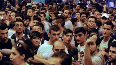 Des milliers de réfugiés aux portes de l'Europe, ou parfois à l'intérieur de l'Union, comme ici à la gare de l'Est de Budapest en septembre 2015.