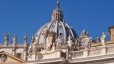 Enquête au Vatican