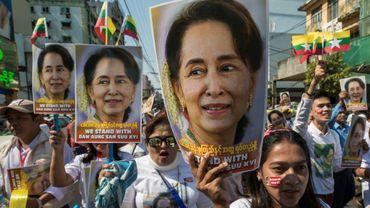 Manifestation de soutien à Aung San Suu Kyi, à Rangoun le 10 décembre 2019