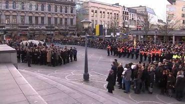 Cérémonie d'hommage aux victimes de la tuerie ce jeudi place Saint-Lambert à Liège.