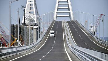 Un pont de 19 km entre la Russie et la Crimée.
