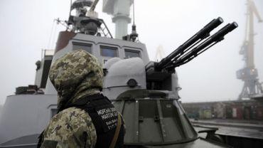 Escalade entre l'Ukraine et la Russie: l'UE condamne l'intervention russe mais ne la sanctionne pas